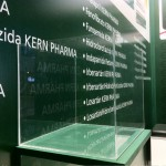 Stand adaptable low cost Kern Pharma Valencia